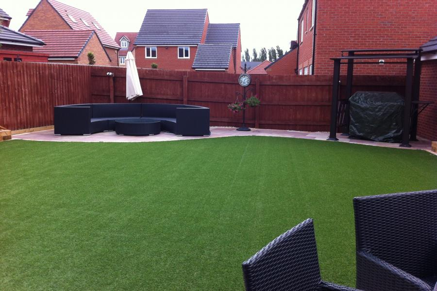 2 Paths and Patio Widnes (Back) Image